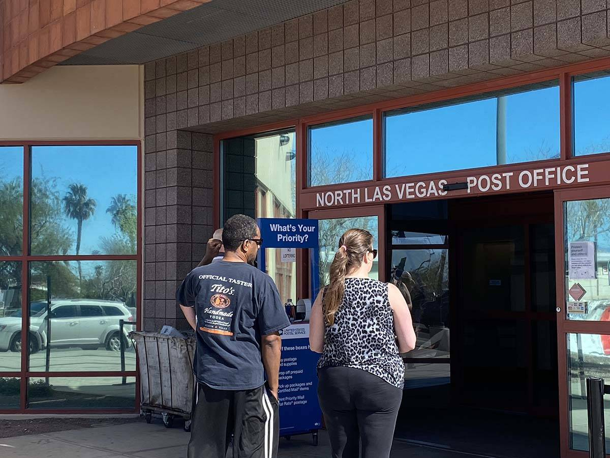 Coronavirus Protections Front And Center At Post Offices Las Vegas Review Journal