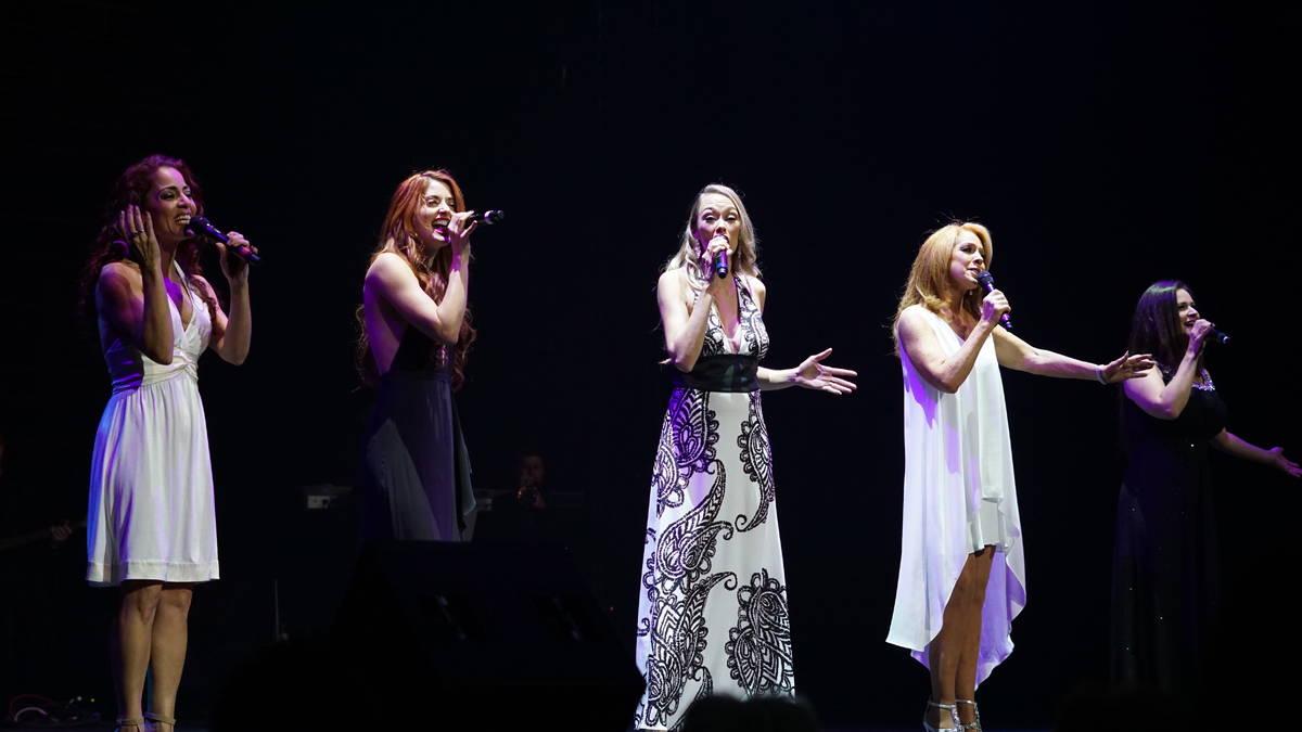 Janien Valentine, Anne Martinez, Naomi Mauro, Kelly Clinton Holmes and Gret Menzies perform at ...