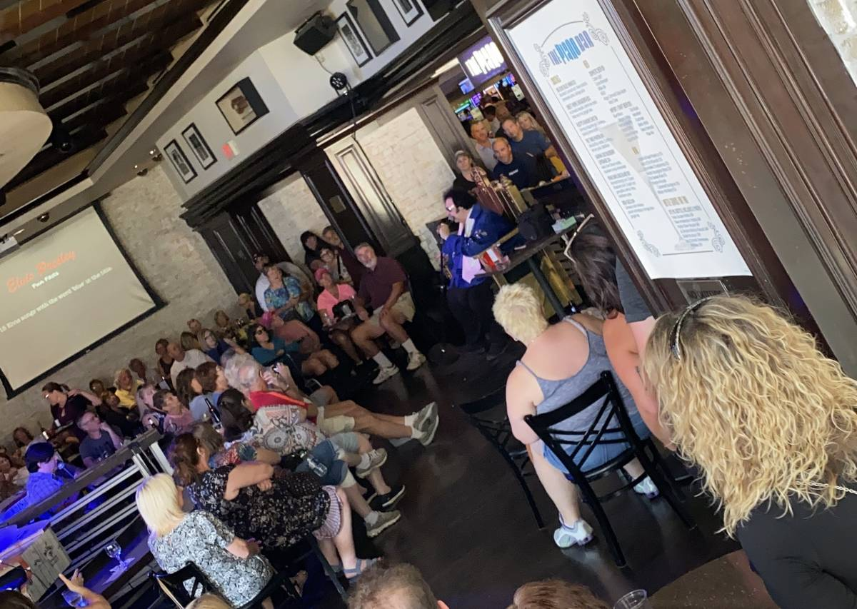 Big Elvis is shown at Piano Bar at Harrah's on Wednesday, Oct. 9, 2109. (John Katsilometes/Las ...