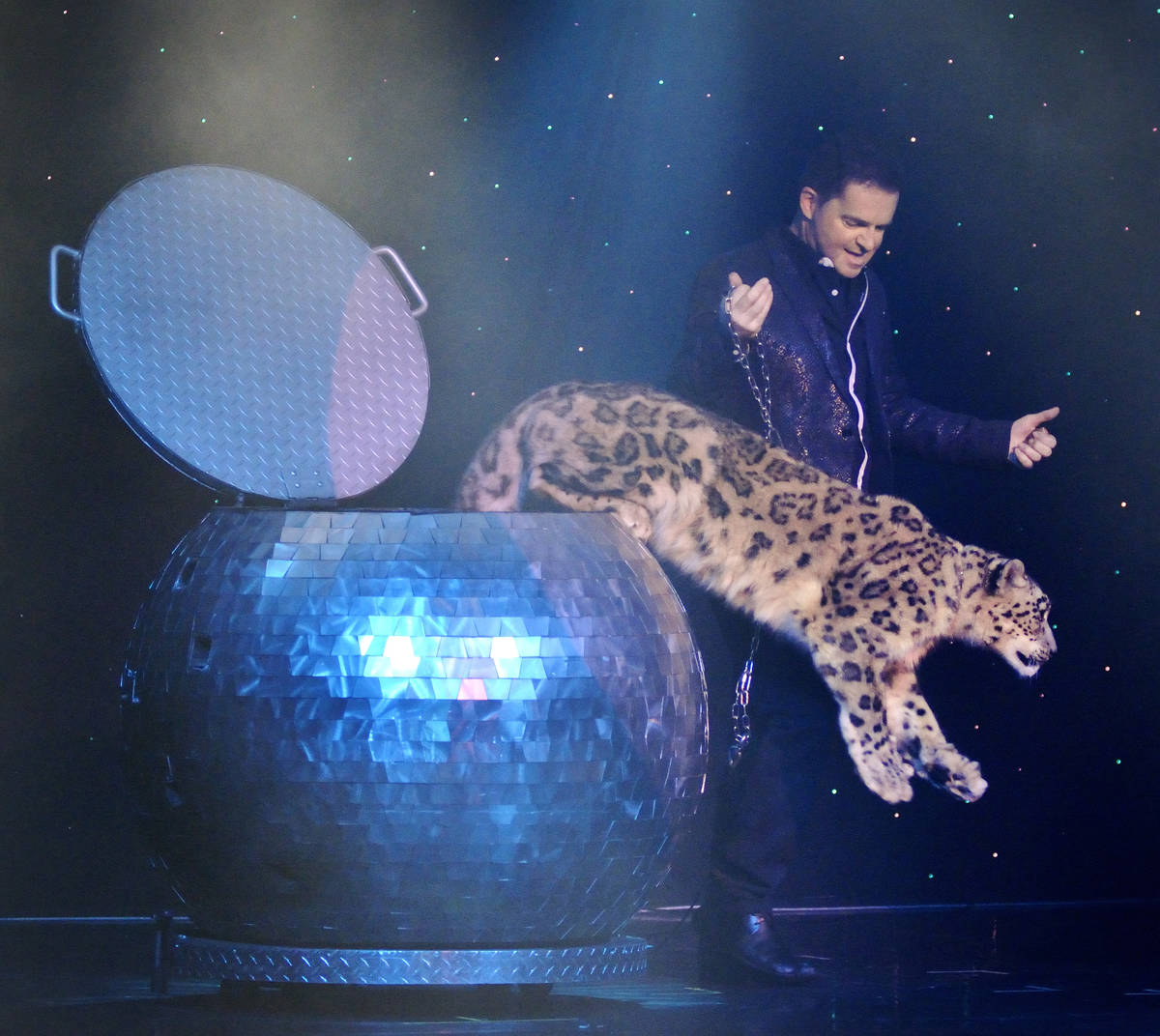 "Magician Dirk Arthur performs in ""Dirk Arthur's Wild Illusions"" at the Riviera hotel-casi ..."