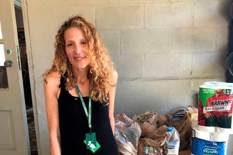 Instacart gig worker Summer Cooper, 39, delivers groceries, Saturday, March 28, 2020, in Bellea ...