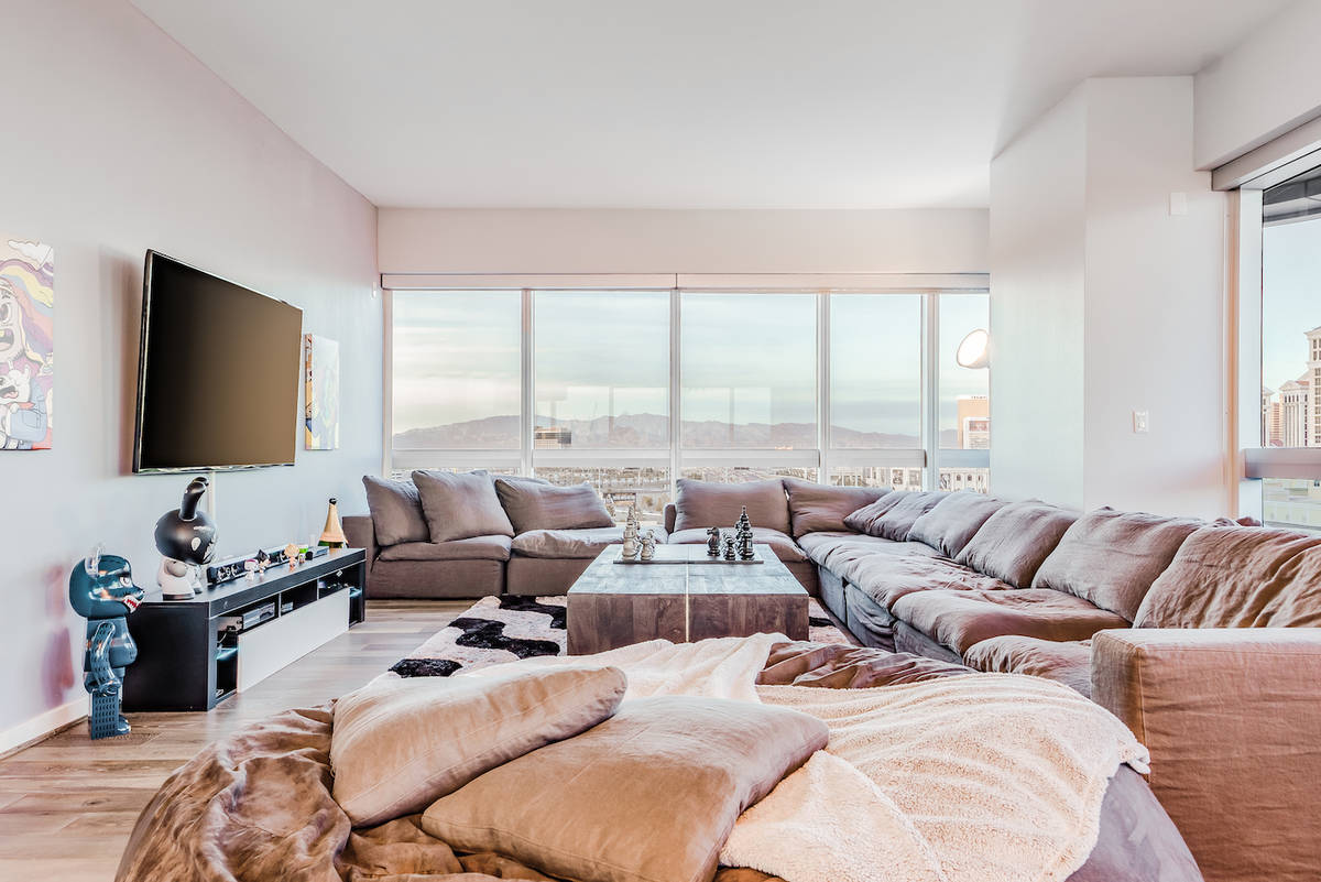 The Martin unit No. 1110 measures 1,962 square feet and is listed for $925,000. (Red Luxury Rea ...