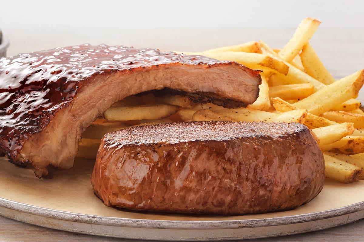 Victoria's Filet & Ribs at Outback Steakhouse. (Outback Steakhouse)