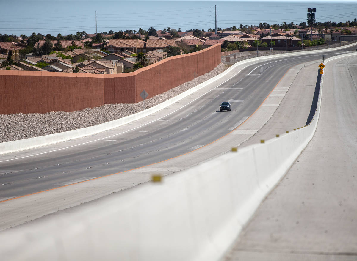 A single car drives on I-215 north near Lone Mountain Road on Saturday, April 4, 2020, in Las V ...