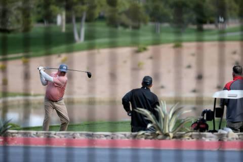 Golfers at Canyon Gate Country Club in Las Vegas Thursday, April 9, 2020. (K.M. Cannon/Las Vega ...