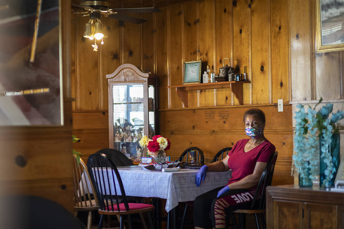 Kismet Evans sits for a portrait at her kitchen table on Thursday, April 16, 2020, in Las Vegas ...