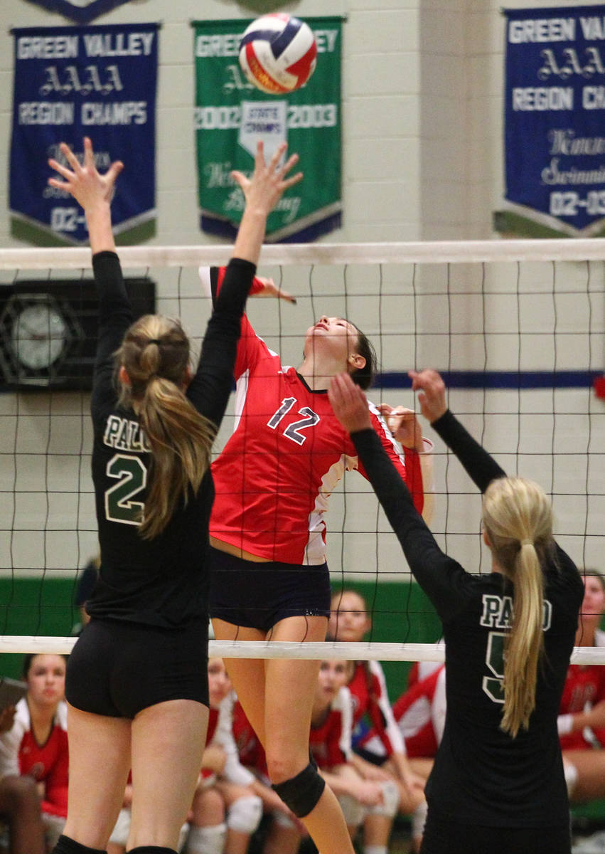 Coronado's Brooke Garlick (12) looks to strike against Palo Verde during the championship game ...