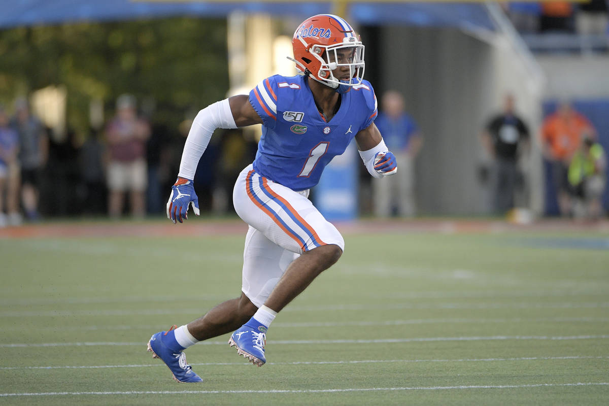 Florida defensive back CJ Henderson (1) rushes the line of scrimmage during the first half of a ...