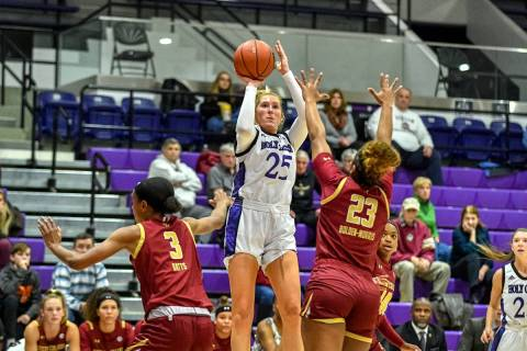 Holy Cross forward Lauren Manis. Courtesy of Holy Cross athletics.