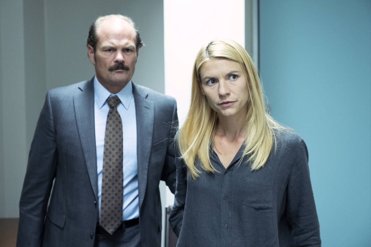 """(L-R): Chris Bauer as Kevin Dance and Claire Danes as Carrie Mathison in HOMELAND, """"The En ..."""