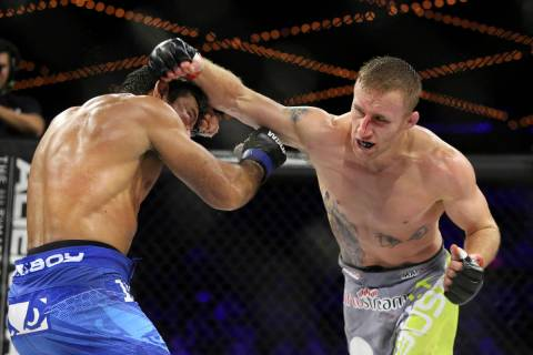 Justin Gaethje, right, in action against Luiz Firmino for the WSOF lightweight title fight at t ...