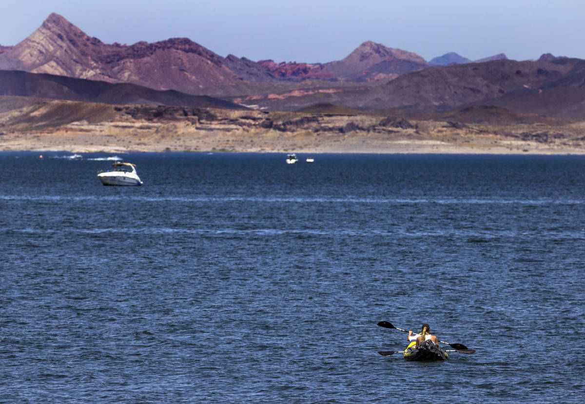 Lake Mead opens up to visitors with annual passes | Las Vegas Review-Journal