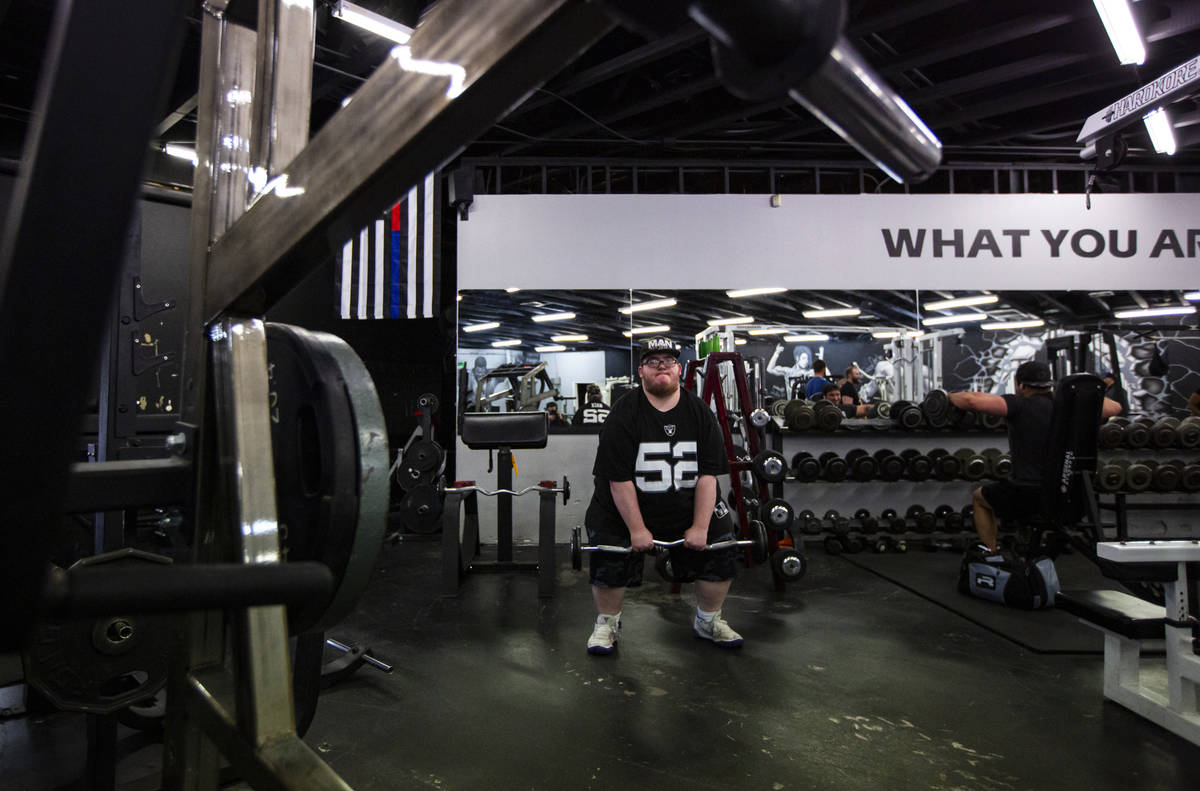 Paul Minor works out at The Lift Factory in Las Vegas on Thursday, Feb. 27, 2020. (Chase Steven ...