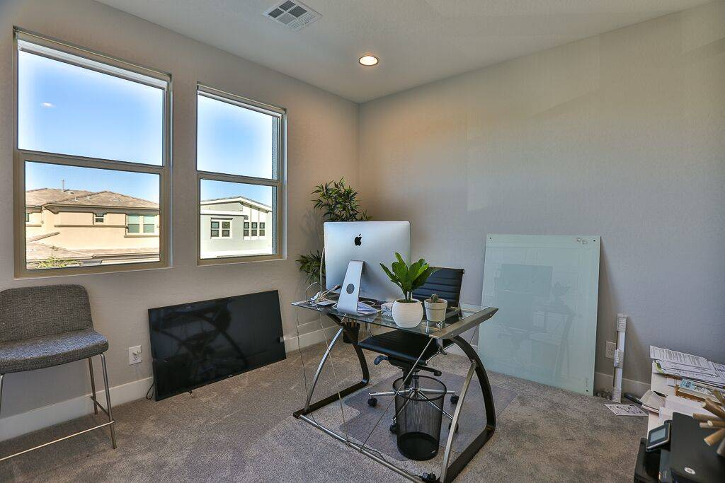The office. (Life Realty)