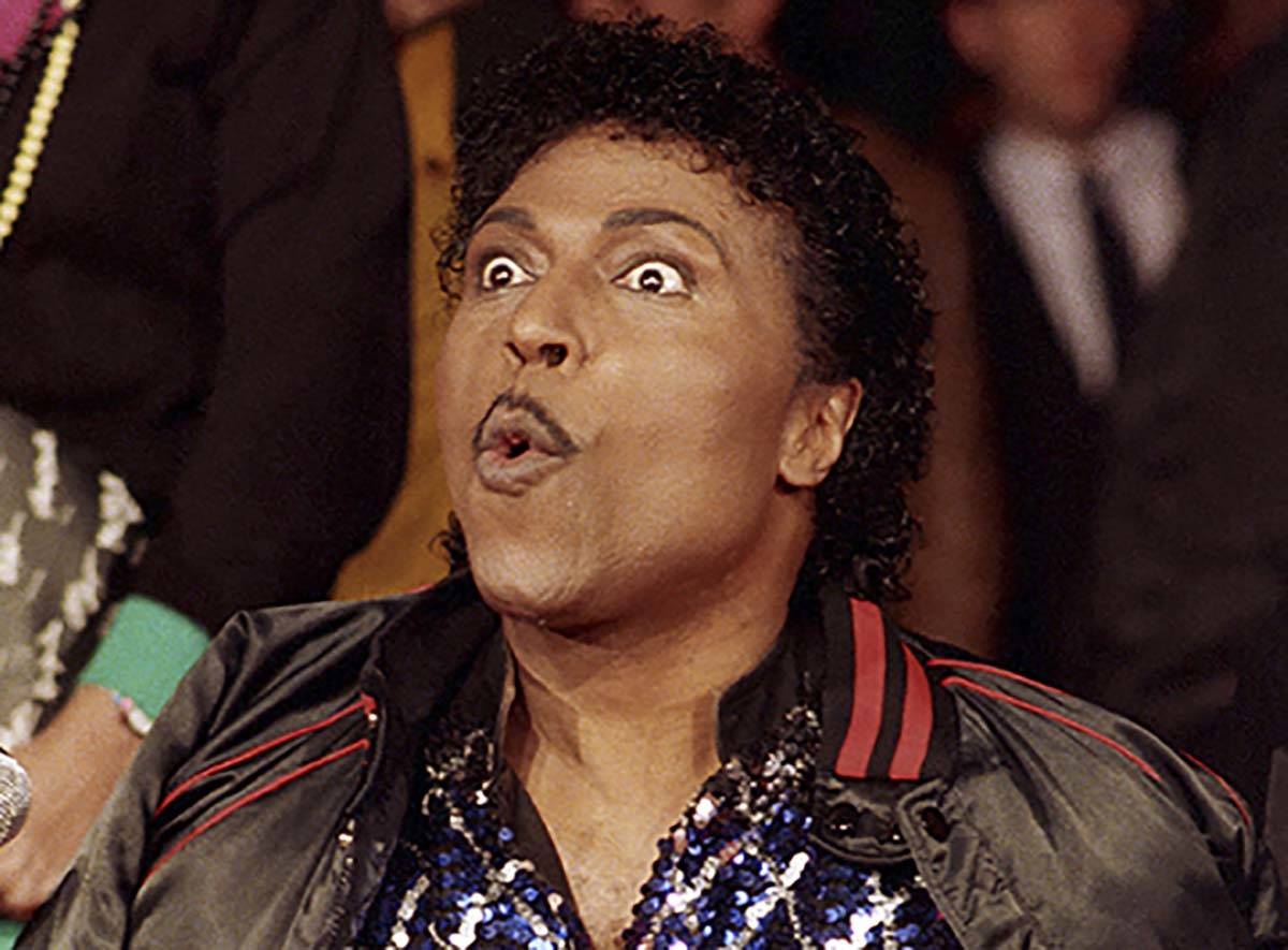 In this Nov. 13, 1986 file photo, Little Richard poses for the cameras as he is inducted into R ...