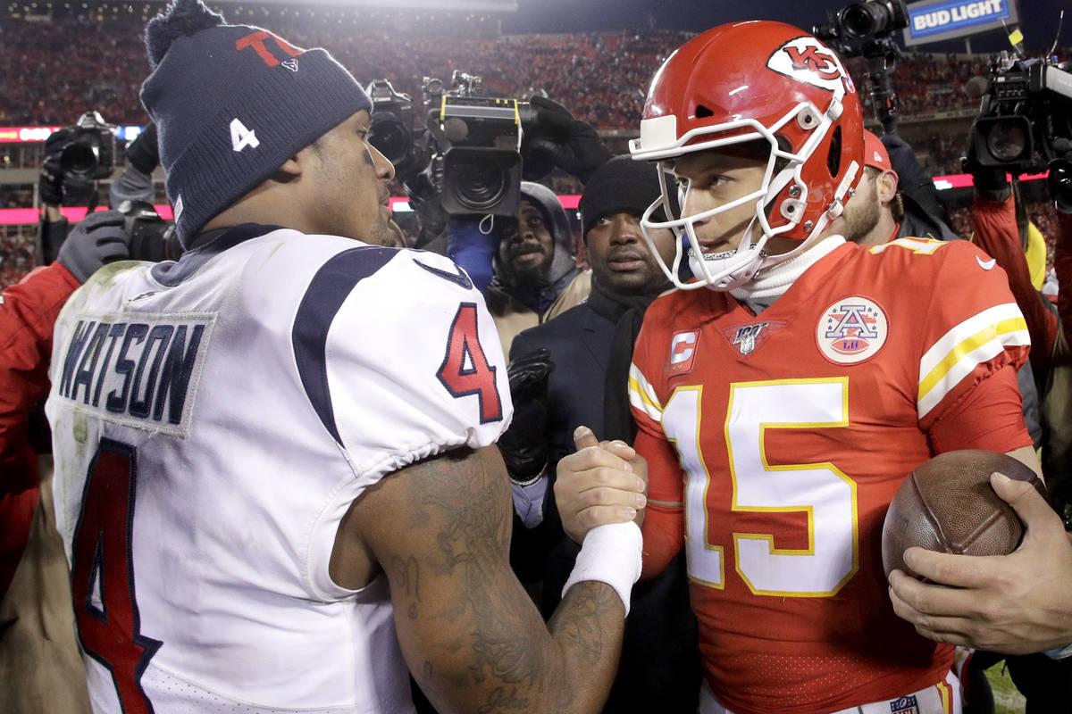 Kansas City Chiefs quarterback Patrick Mahomes, right, and Houston Texans quarterback Deshaun W ...