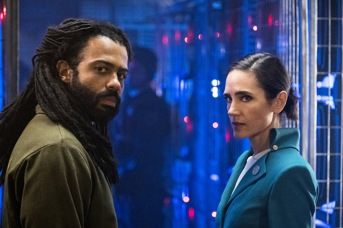 Daveed Diggs, Jennifer Connelly in Snowpiercer- Ep 101 8/28/18 ph: Justina Mintz SPS1_101_0828 ...