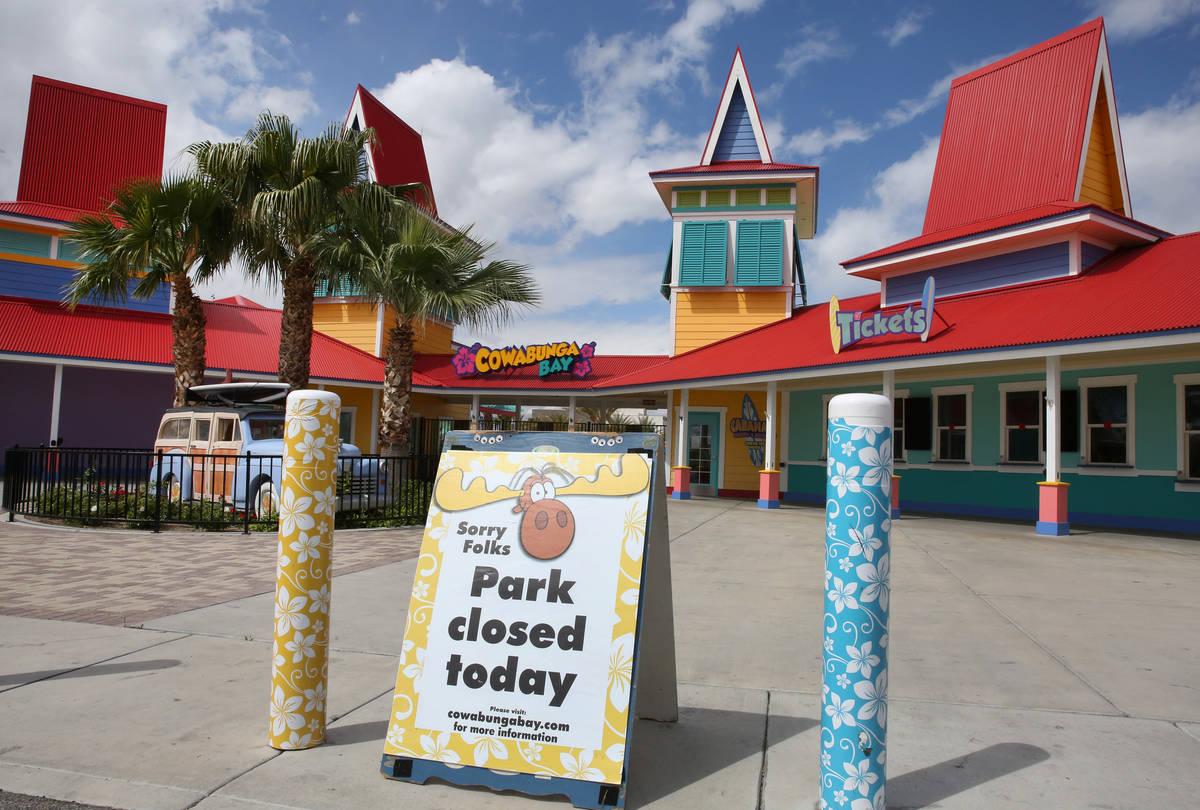 Las Vegas Pools Water Parks Await Word On Reopening Las Vegas Review Journal