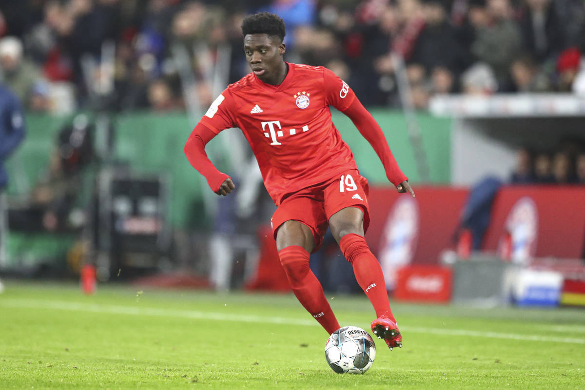 Bayern S Alphonso Davies Controls The Ball During The German Soccer Cup Dfb Pokal Match Betwe Las Vegas Review Journal