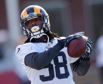 Los Angeles Rams inside linebacker Cory Littleton (58) catches a ball during practice for the N ...
