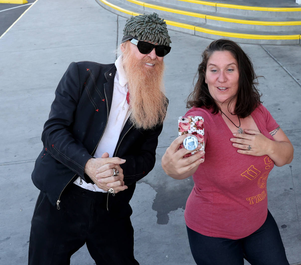 Las Vegas resident and ZZ Top frontman Billy Gibbons takes a selfie with Jessica Carlile of Las ...