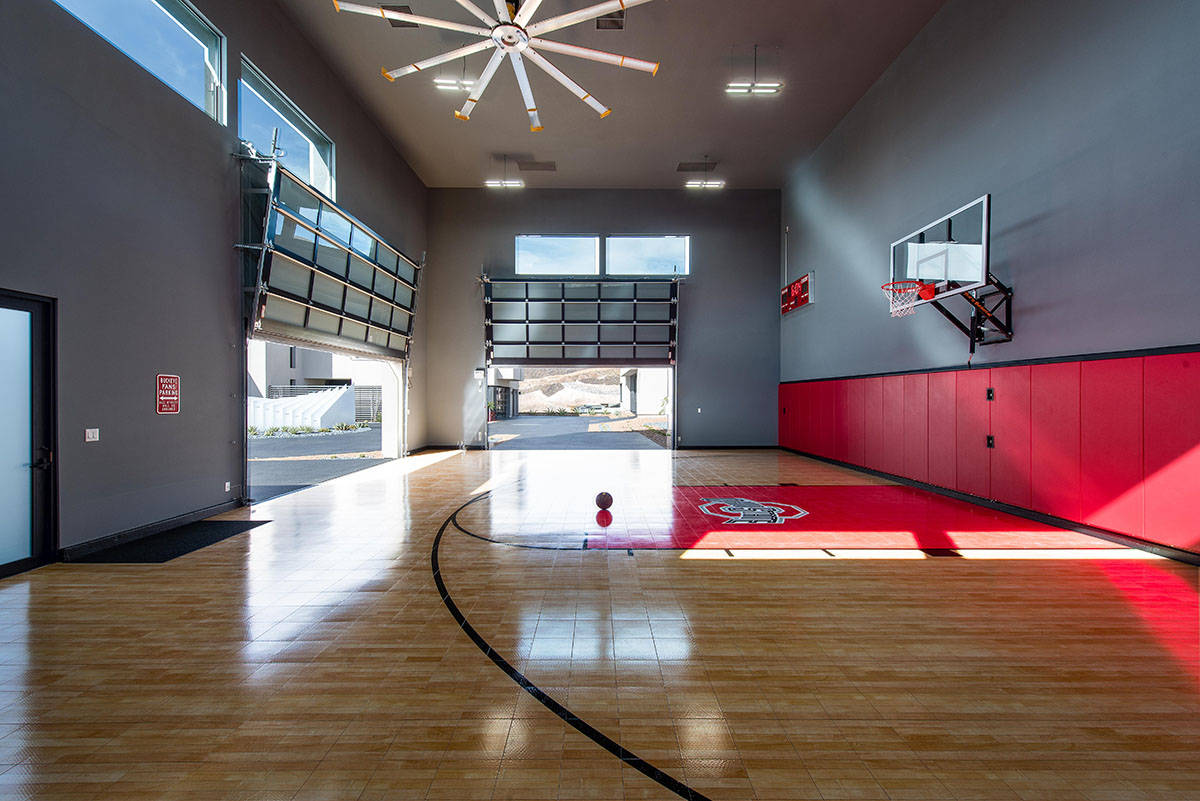 Some luxury homes even have their own indoor basketball courts. (Simply Vegas)
