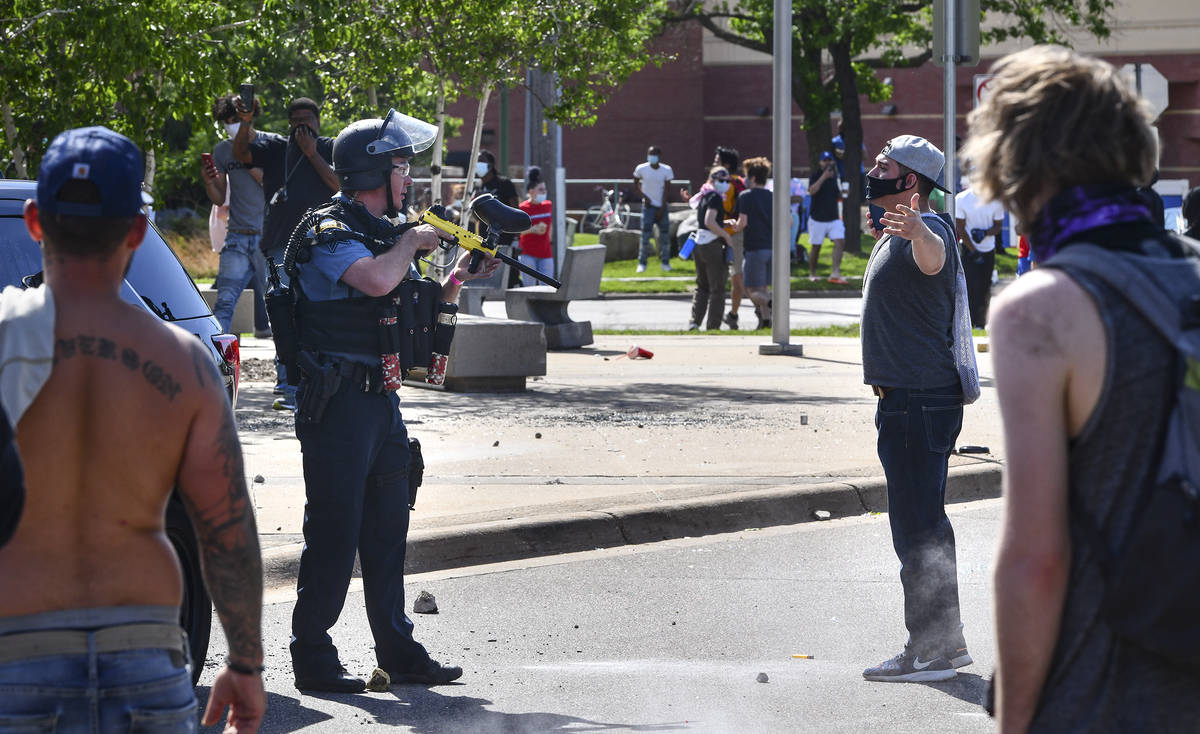 https://www.reviewjournal.com/wp-content/uploads/2020/05/13798417_web1_Minneapolis-Police-Death-1.jpg