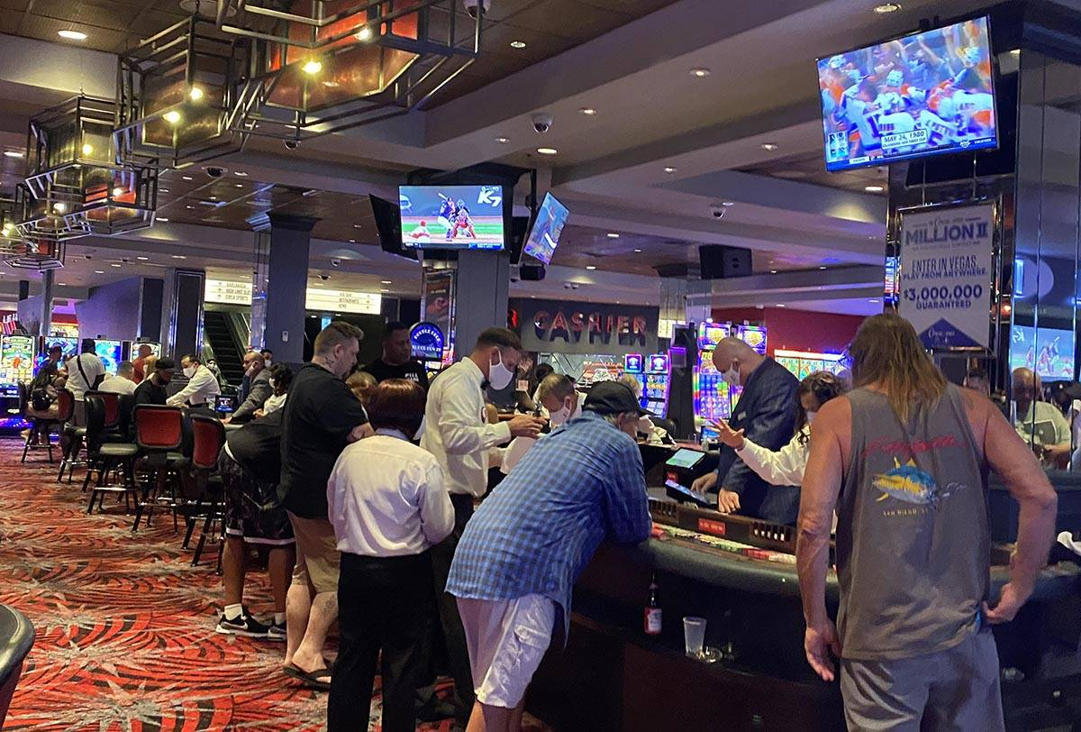 The D Casino was still pretty busy about 5 a.m. Thursday, June 4, 2020, as several Las Vegas ca ...