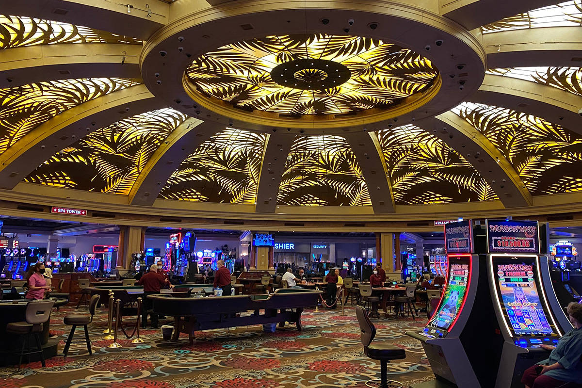 Las Vegas locals casinos see traffic, but large crowds absent ...