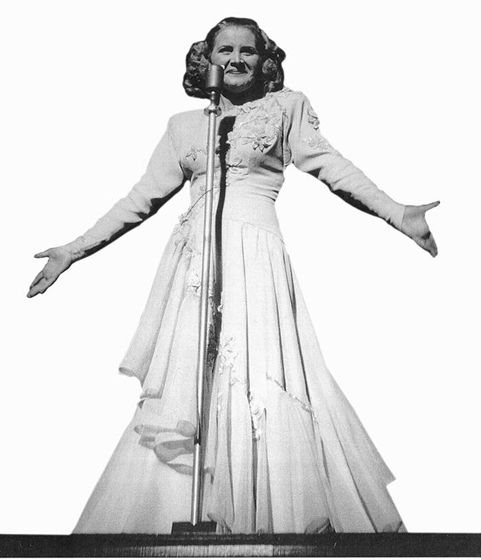 FILE*** PHOTO COURTESY OF THE STEPHEN MICHAEL SHEARER COLLECTION Actress Rose Marie performs du ...