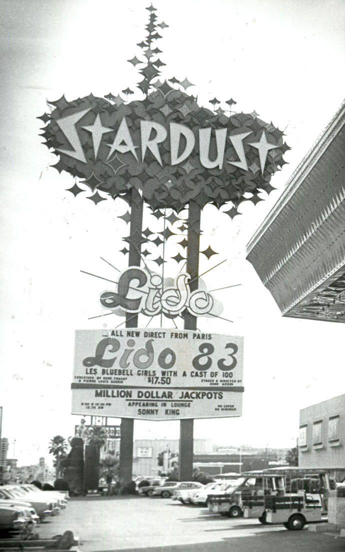 STARDUST HOTEL 1983 STARDUST SIGN FEATURES LIDO SHOW (SCOTT HENRY/LAS VEGAS REVIEW-JOURNAL)