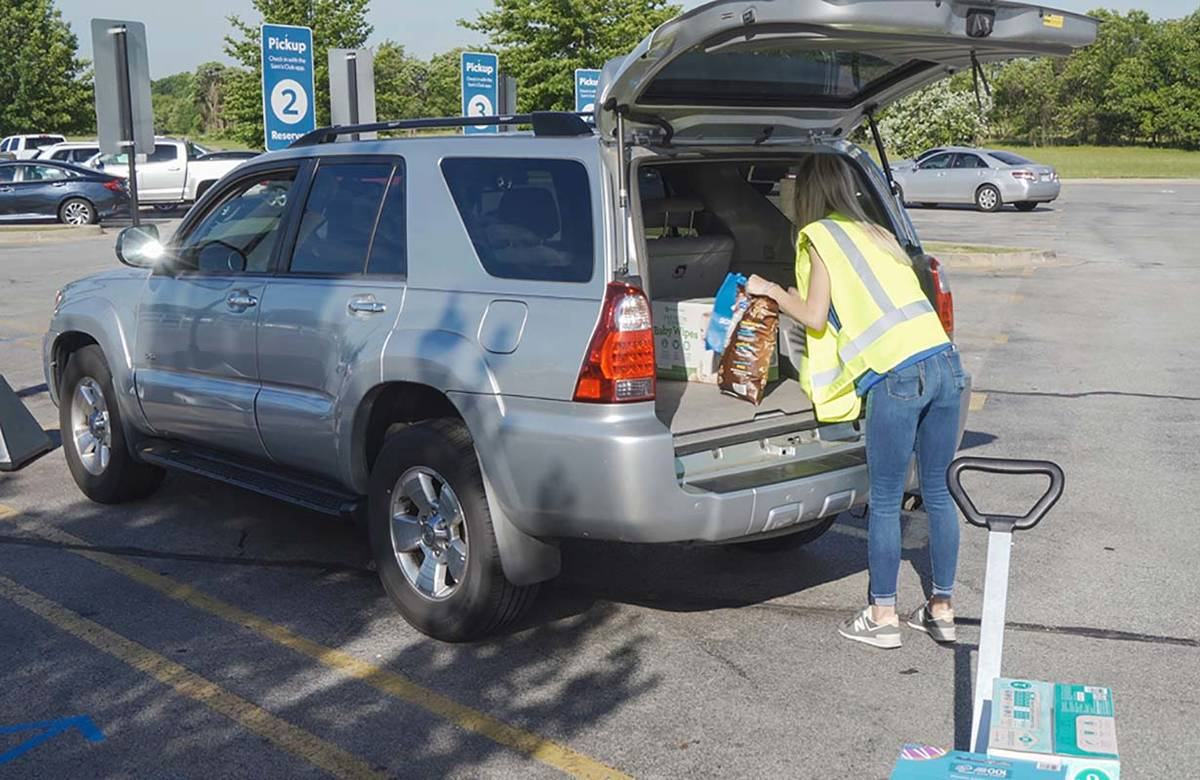 Sam's Club will offer curbside pickup nationwide by the end of June. (Eric Higginbotham/Dentsu ...