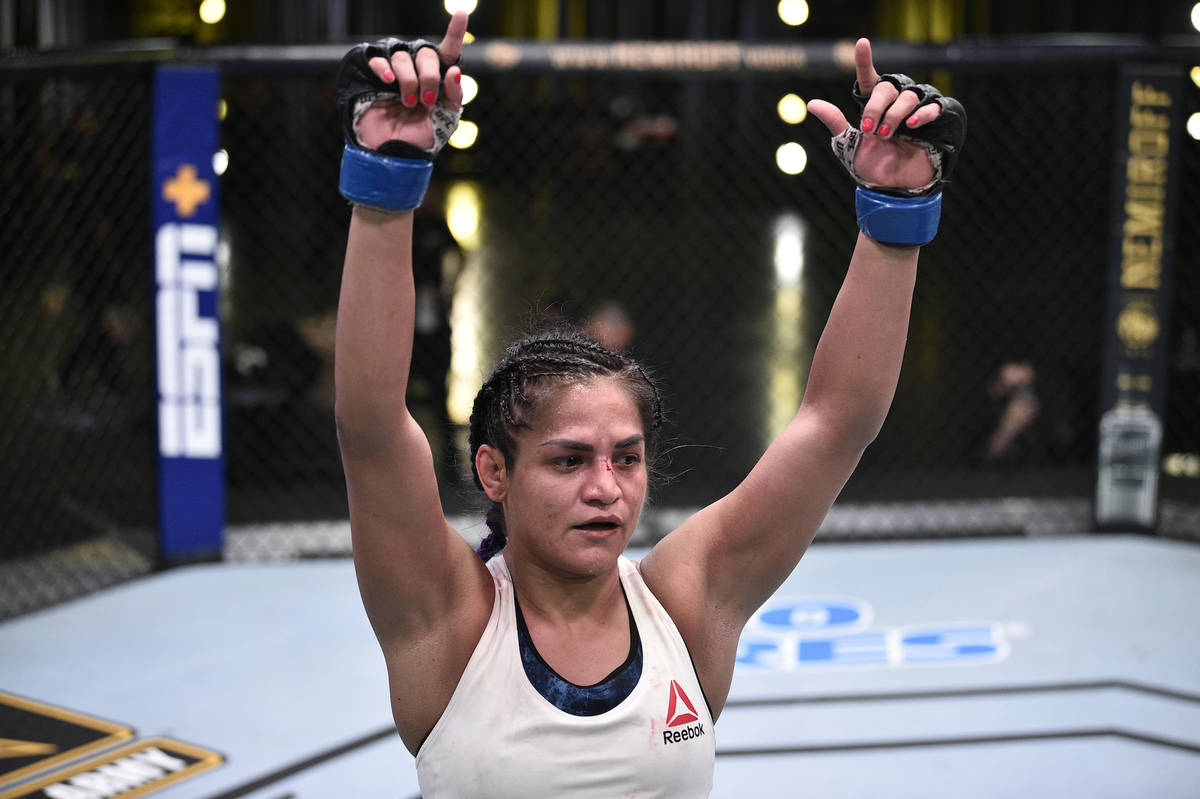 UFC on ESPN 10's Cynthia Calvillo beats Jessica Eye | Las Vegas  Review-Journal