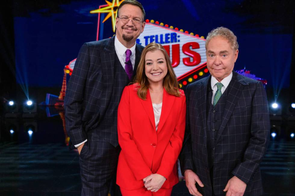 """Penn & Teller: Fool Us -- """"Third Time's The Charm"""" -- Image Number: PEN701_0016r ..."""