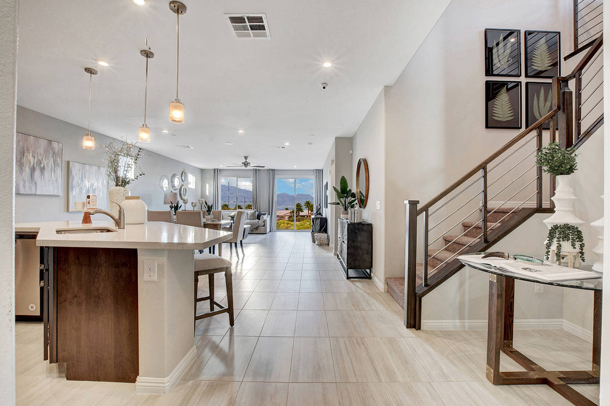 The Everett option features two-story homes that measure 2,543 square feet to 2,736 square feet ...