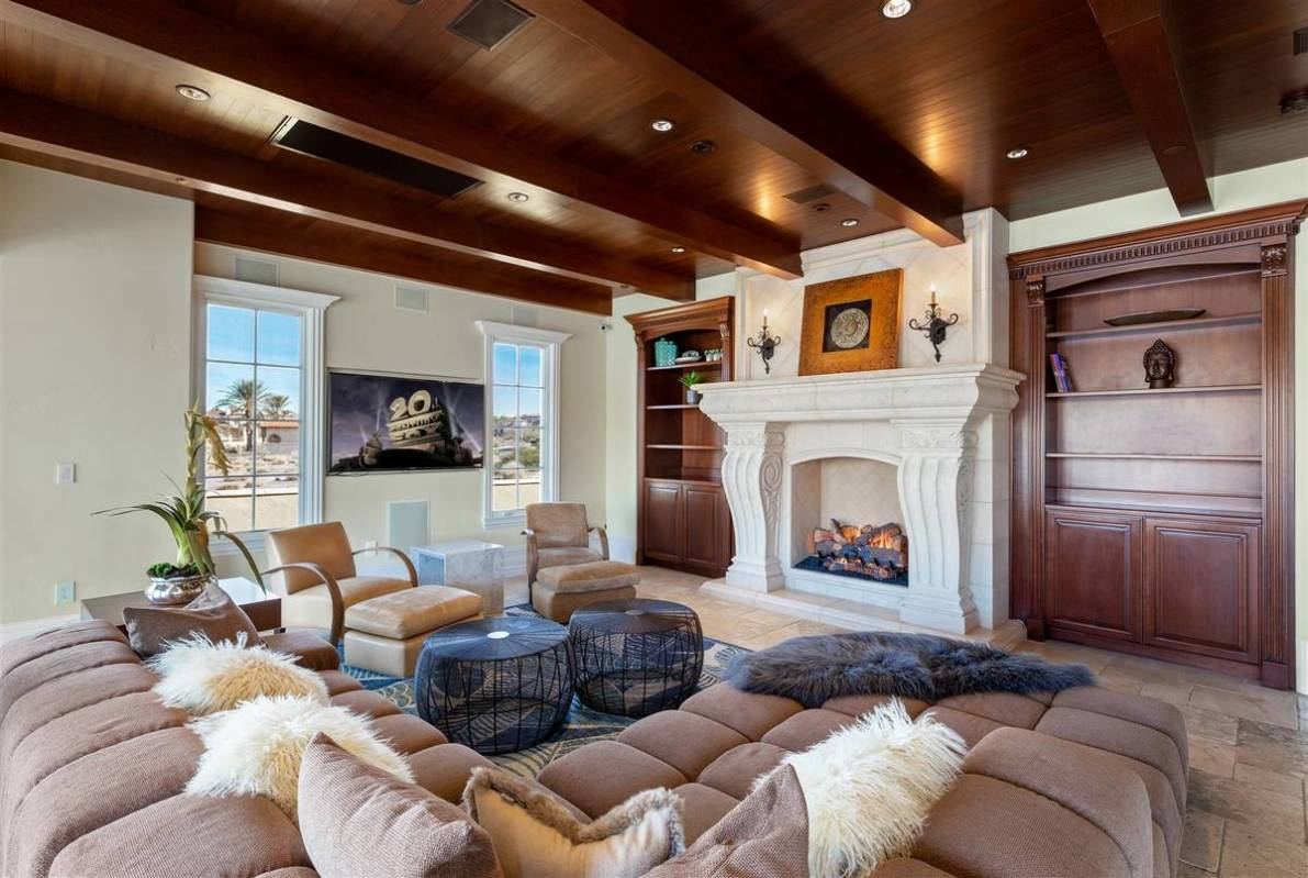 The family room. (Luxurious Real Estate)