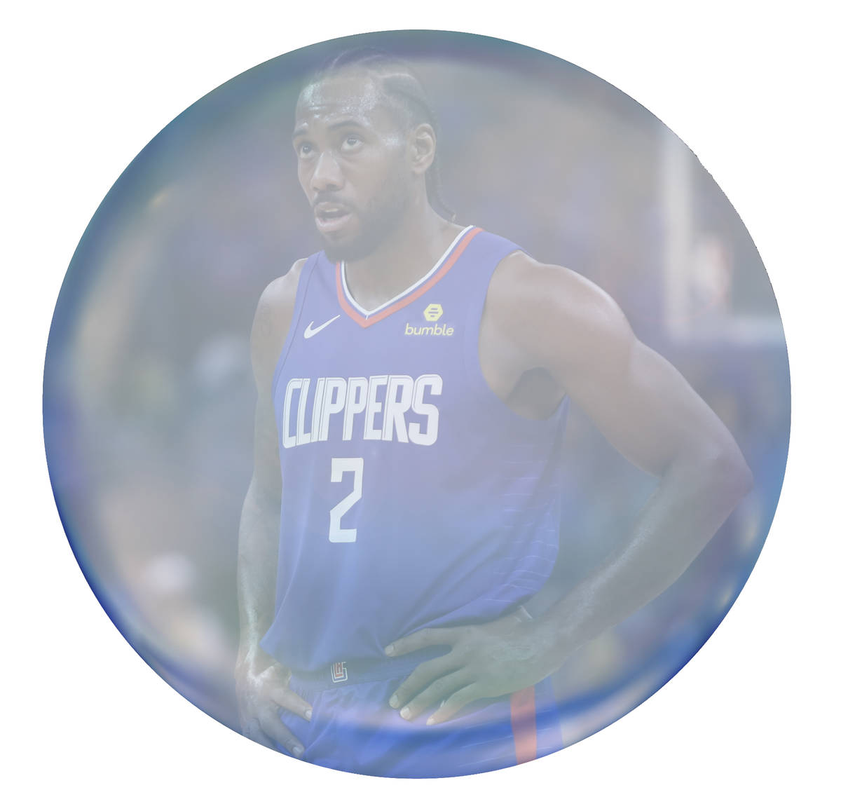 Los Angeles Clippers' Kawhi Leonard looks at the scoreboard during the first half of the team's ...