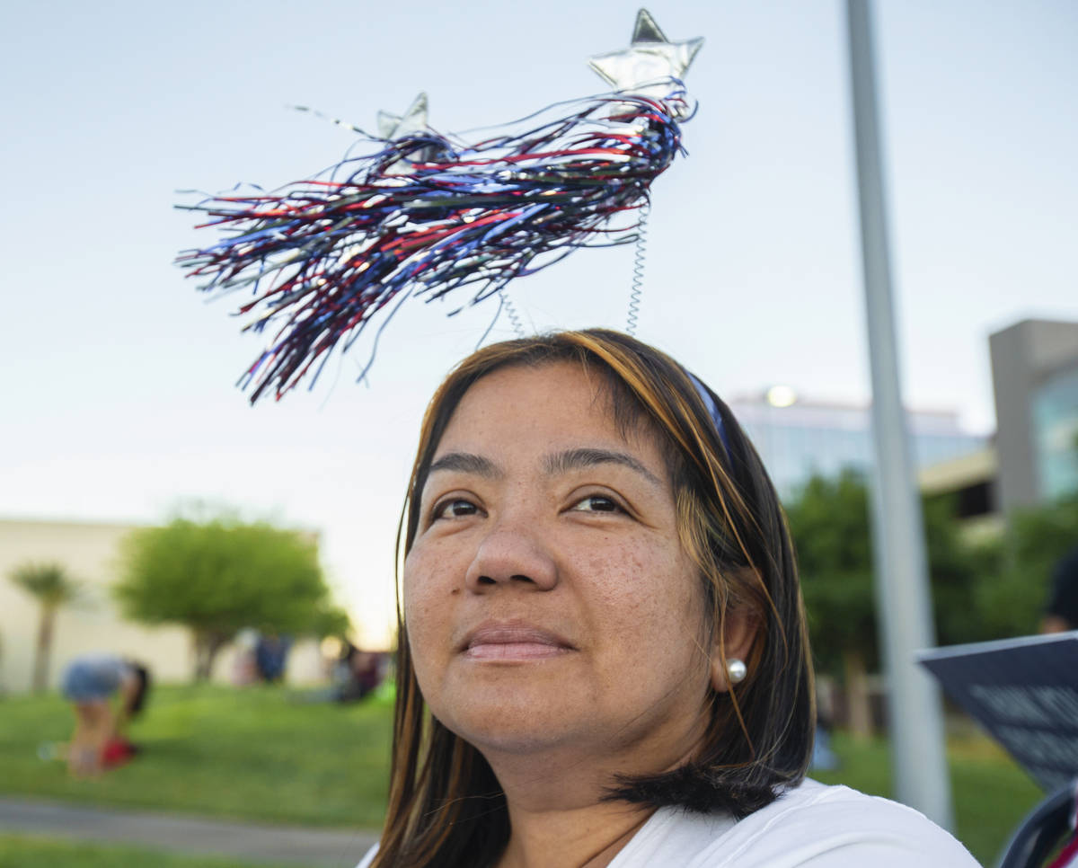 Abbey Villania waits for the start of the Red Rock Casino fireworks show in Downtown Summerlin ...