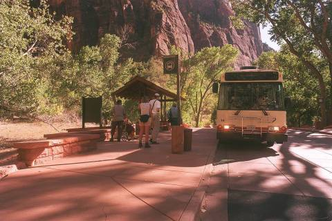 Zion Shuttle Bus (Christine H. Wetzel)
