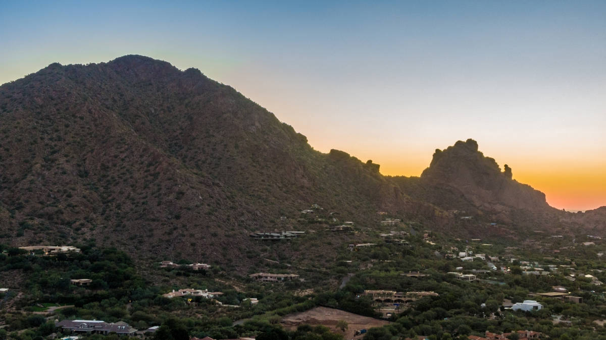 A 4.5-acre residential mountainside lot in Paradise Valley, Arizona, sold for $4.1 million. The ...