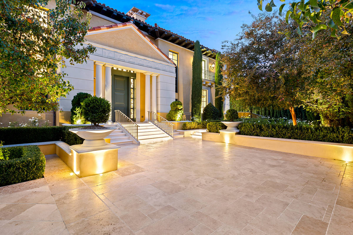Steve Wynn's home at 1717 Enclave Court underwent a $16 million remodel. (Ivan Sher Group)