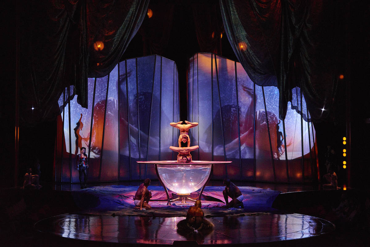 """A scene from the Cirque du Soleil show """"Zumanity"""" at New York-New York. (Pierre Manning)"""