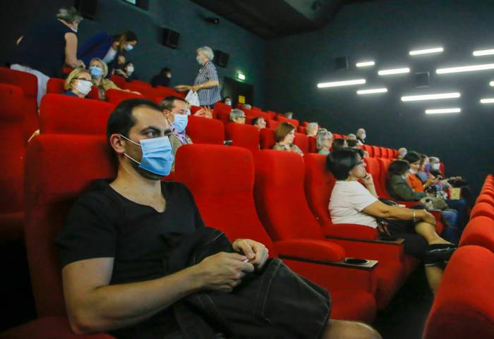 Movie Theater Reopenings Dealt Another Blow Las Vegas Review Journal