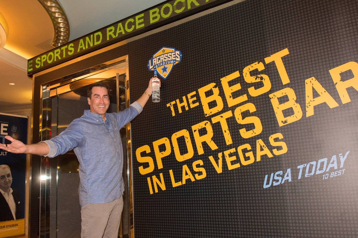 Rob Riggle hosts at Lagasse's Stadium on Thursday, Sept. 15, 2016, in The Palazzo. (Courtesy)