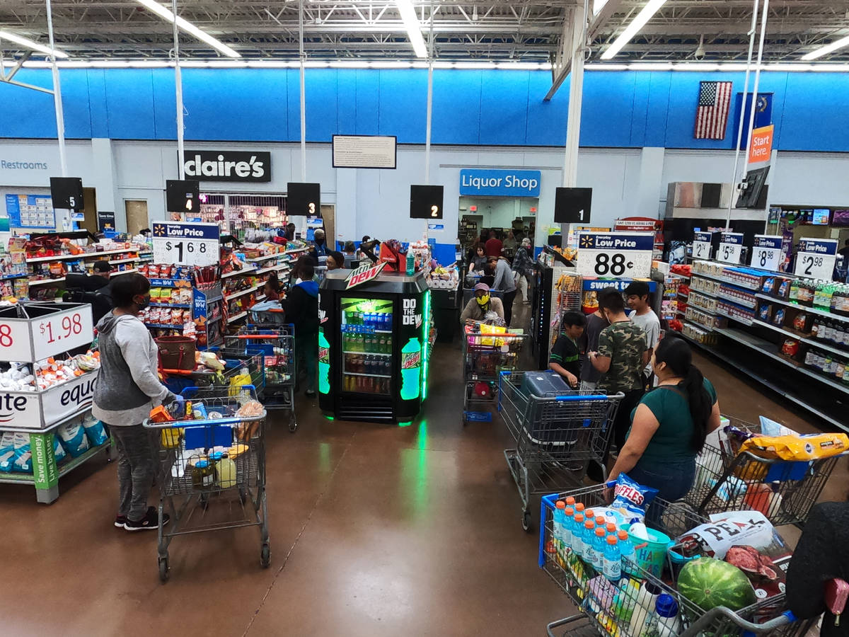 Walmart to close all stores on Thanksgiving Day