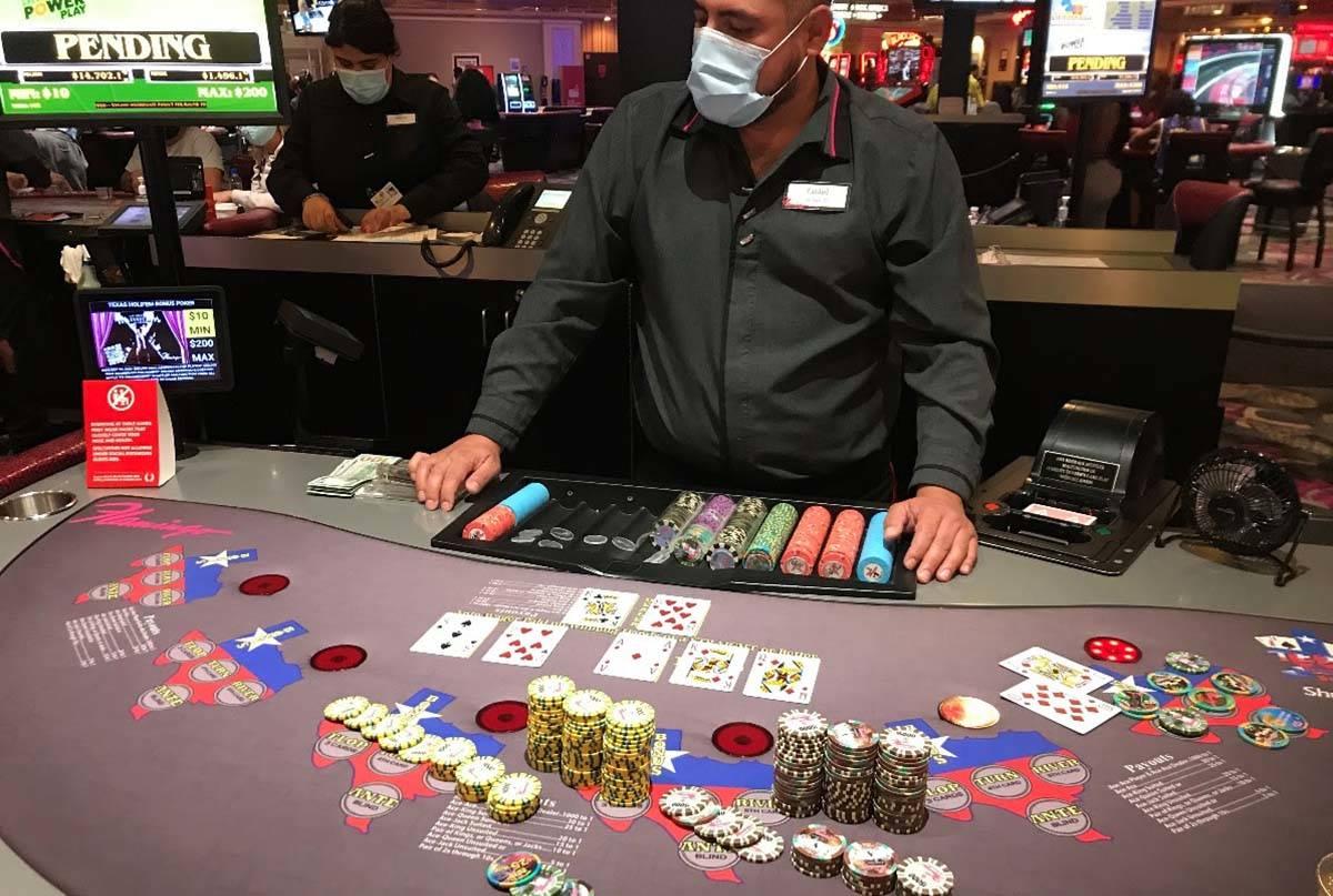 The winning Mega Progressive Royal Flush of $480,850 on Texas Hold-Em Bonus Poker at Flamingo L ...