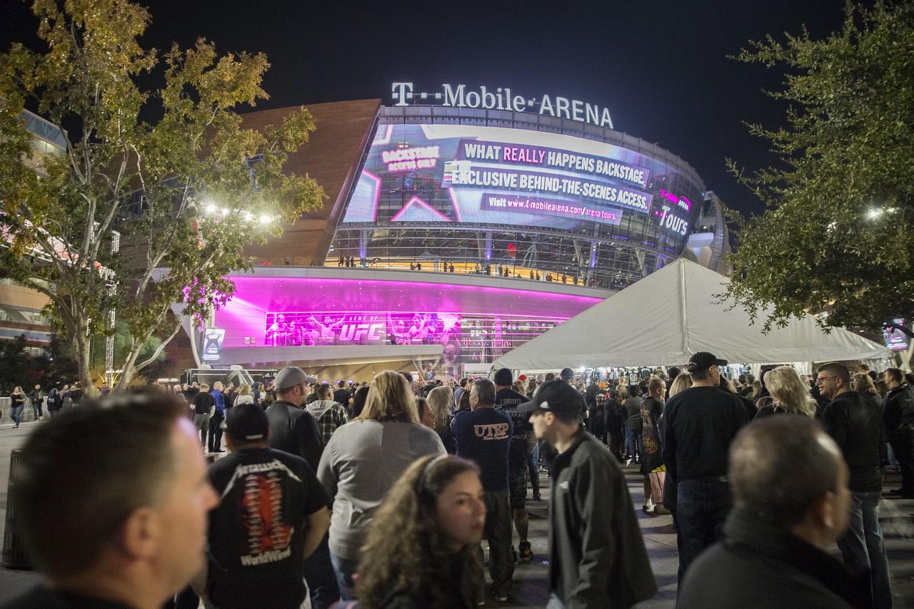 Las Vegas Not Chosen As Nhl Hub City Due To Spike In Coronavirus