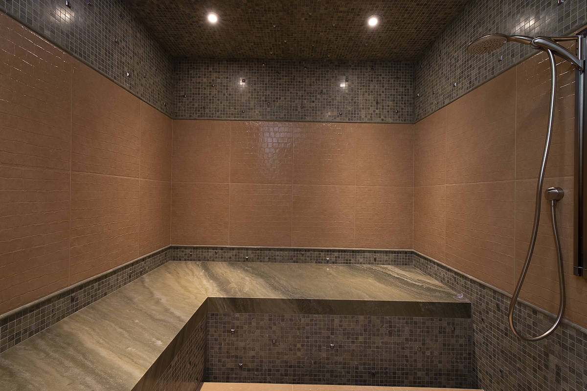 Master shower. (Synergy Sotheby's International Realty)