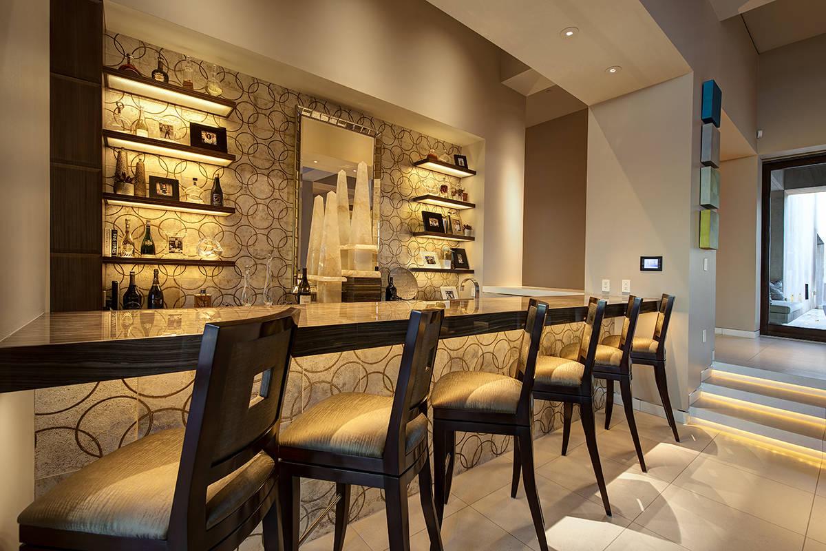 A bar. (Synergy Sotheby's International Realty)