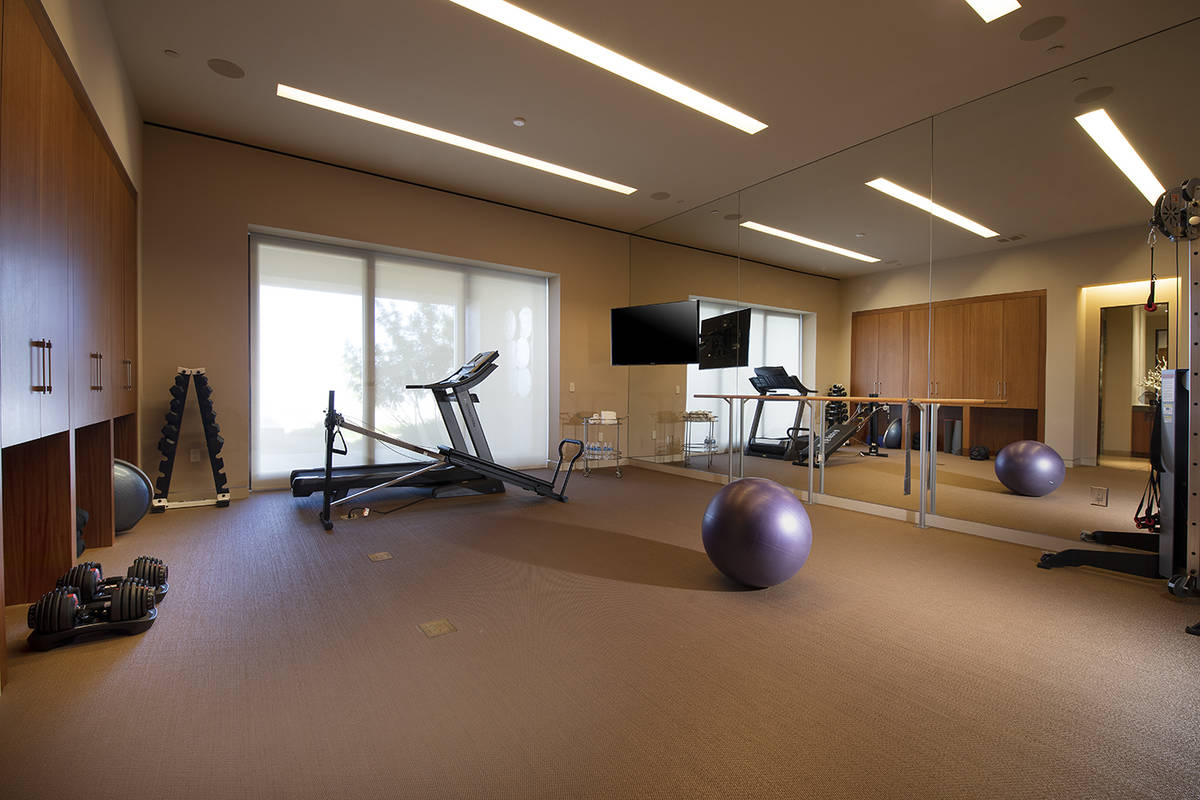 The gym. (Synergy Sotheby's International Realty)